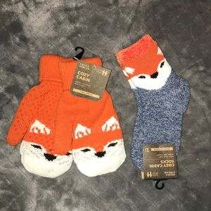 Cozy Cabin Foxy Socks and Mittens